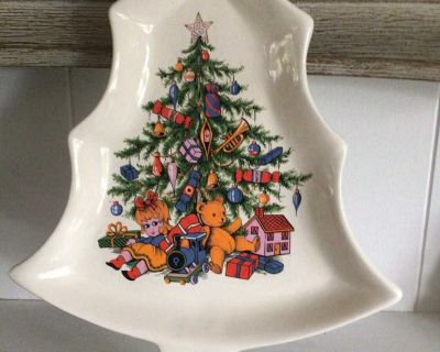 Vintage Ceramic Christmas Candy or Cookie Plate