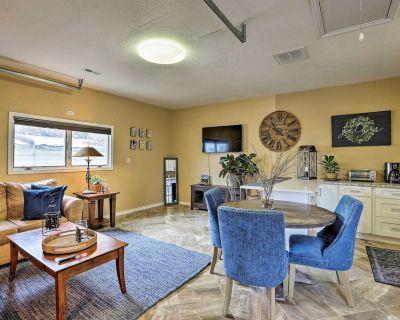 NEW! Lakewood Cottage, 7 Miles to Downtown Denver! - Creighton