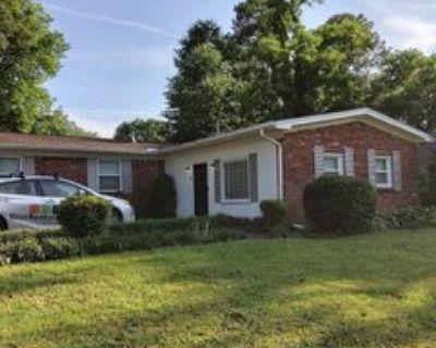 52 Kemmons Dr, Jackson, TN 38305 3 Bedroom House