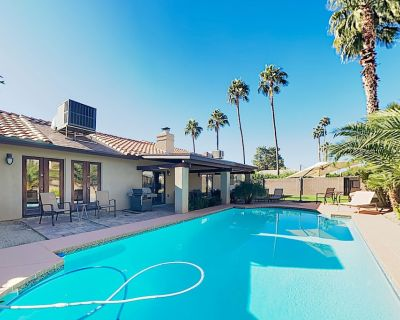 New Listing! Luxe Retreat w/ Private Pool, 2 Living Areas -- Near Dining - North Mountain
