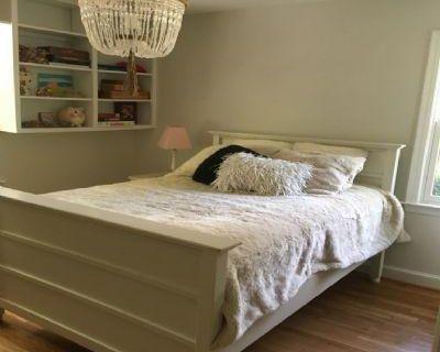 Lakeview Fairfax, VA 22041 3 Bedroom House Rental