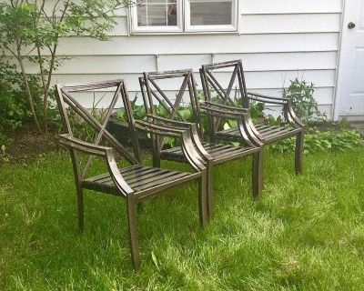 Set of 6 stacking Metal Patio Chairs