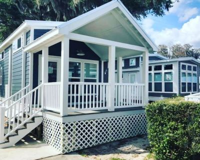 The Lakeview House - Lakeside Tiny Home Near Orlando - Clermont