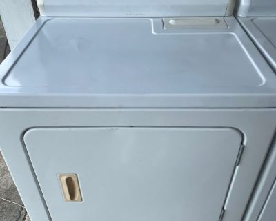 Kenmore 400 Series Electric Dryer in White