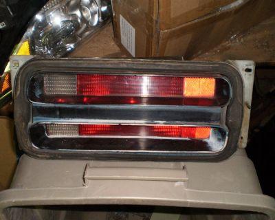 1970-1971 PLYMOUTH DUSTER REAR PASSENGER TAIL LIGHT HOUSING 340