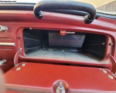 Bug glove box 4 a radio