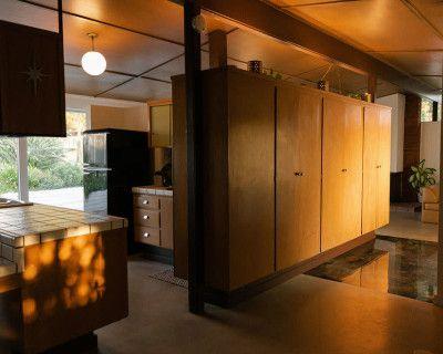 Myron Palms - A Classic California Mid-Century 60 s Home, Los Angeles, CA