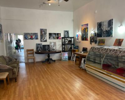 Mid City West Adams Gallery/Studio High Ceilings, Los Angeles, CA