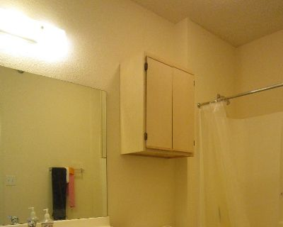 sublet a bed spaces in a 2 shared bedroom/bathroom unit at GrandMarc Seven Corners Apt. from June 8 to August 8 (close to U of M)