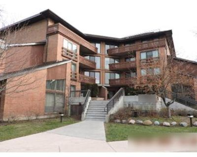 2 Bed 2 Bath Foreclosure Property in Glenview, IL 60025 - Waukegan Rd Apt 305c