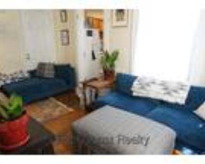 Sept 2020-NO FEE 4 bed, 2 bath, Duplex, Cat ok, Porch, Student ok