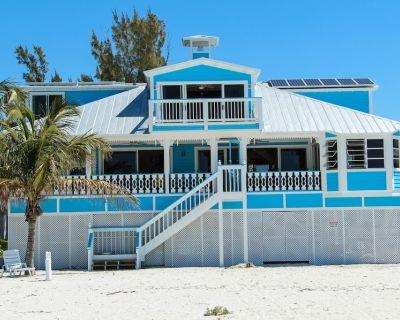 Beachfront Oasis w/AmazingViews! Steps to beach.Boat Rental Avail.Priv Doc. WiFi - Captiva