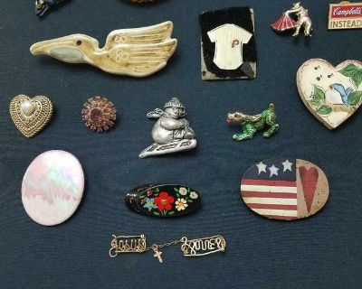 Lot of 18 Assorted Vintage Brooches / Pins! Bullfighter, Dog, Stork, Campbell's, etc.