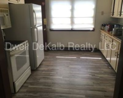 806 Greenbrier Rd, Dekalb, IL 60115 3 Bedroom Apartment