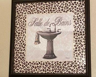 Bathroom picture set