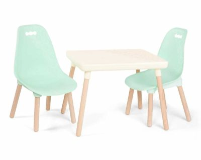 B.toys table and chairs set