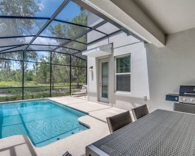 Storey Lake Resort 5 Bedroom Vacation Home with Pool (2010) - Kissimmee