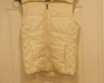 Bongo off white hooded vest. M