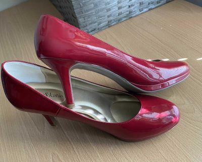 Shoes for women size 9 1/2