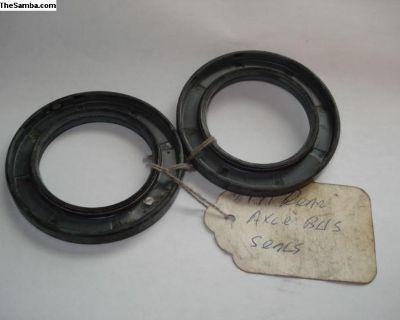 68-79? Bus Rear Wheel Seal- Set