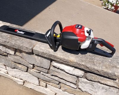 Red Max CHT 220 Hedge Trimmer