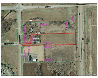 5.58 acres on Willowbrook Rd.