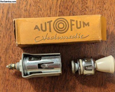 NOS EARLY AutoFum Automatic Beetle Lighter
