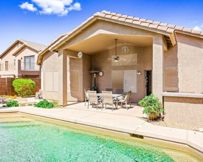Lovely Desert Home w/Free WiFi, Central AC, Private Pool & Washer/Dryer, Patio - Boulder Mountain Highlands