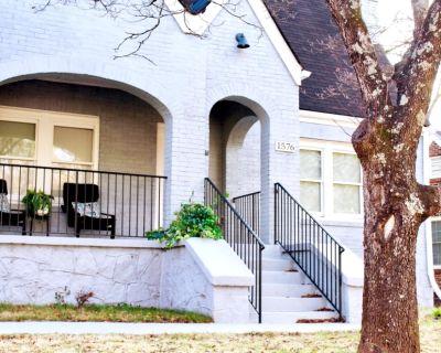 Lux King Bed Estate W/ GameRoom 10 Min Frm Downtwn, Atlanta, GA, GA