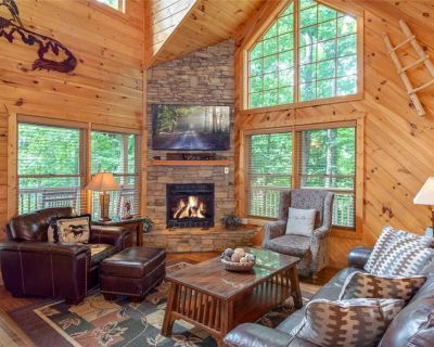 A Great Escape, 2 Bedrooms, Sleeps 6, Mountain View, Hot Tub, Jetted Tub - Gatlinburg