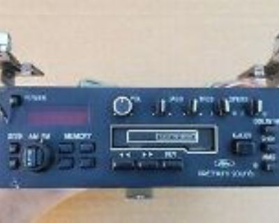 WANTED: - 1985/1986 GT OEM radio w/ Red backlight