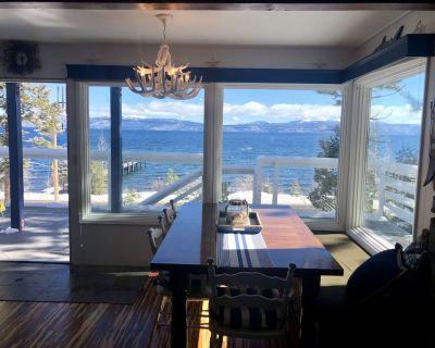 Lake front chalet-incredible view, sleeps 12! - Homewood