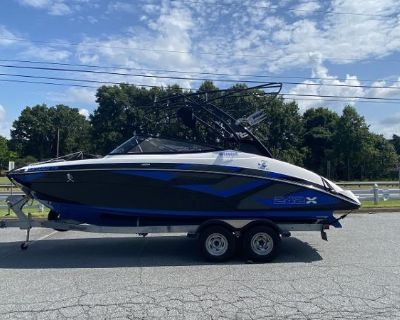 2016 Yamaha Boats 242 X