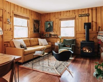 Kitschy Vintage Wes Anderson-Inspired Cabin in the Mountains of Southern California, Big Bear Lake, CA