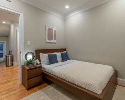 Furnished Full Room in North End #278 A