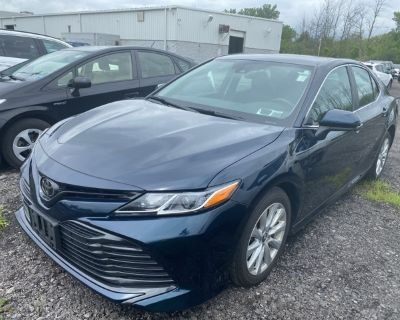 Pre-Owned 2019 Toyota Camry LE With Navigation