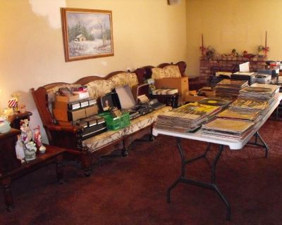 DIG SALE Crafting Sewing Knitting Books Albums MCM VTG Clothes Toys Cameras Xmas Bar Kitchen TOOLS