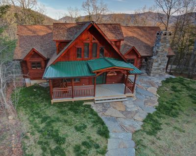 Close to Asheville, Private, Large, Luxury, Hot Tub, Outdoor Fire Place - Black Mountain