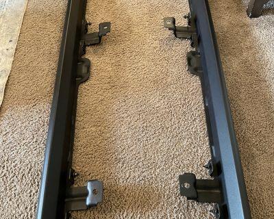 Arizona - 4-door JL rock rails / body sills off a Willys