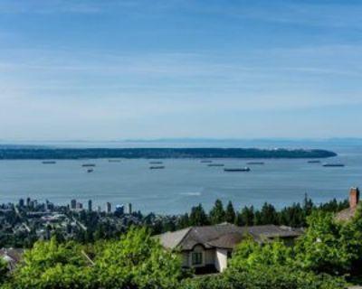 570 Saint Andrews Place, West Vancouver, BC V7S 1V8 4 Bedroom House