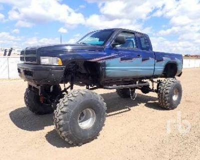 1998 DODGE CUSTOM EXTENDED CAB 4X4 Pickup Trucks Truck