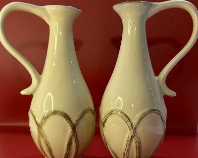 1999 Creations Isabelle De Borchgrave ENESCO Oil & Vinegar Vases / Pitchers