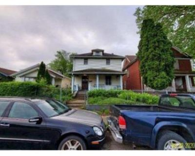 3 Bed 1.0 Bath Foreclosure Property in Dayton, OH 45402 - W 1st St