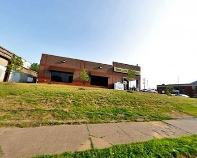 West Broadway Retail Space for Lease