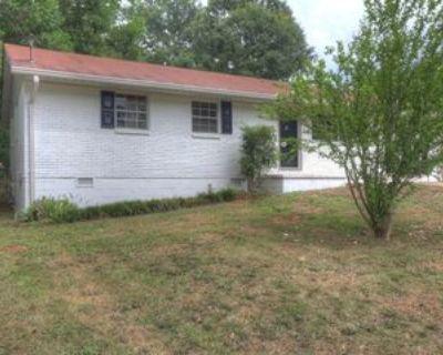8194 Queens Dr #1, Jonesboro, GA 30238 3 Bedroom Apartment