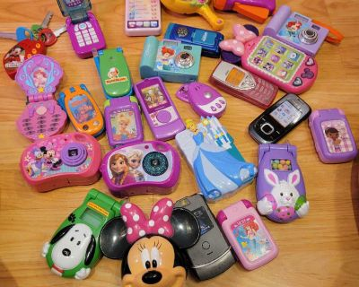 Toy phones keys and cameras