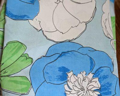 Vintage floral flat bed sheet