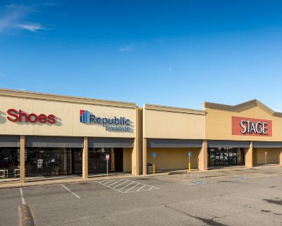 +/- 1,740 SF of Retail Space for Lease in Lafayette