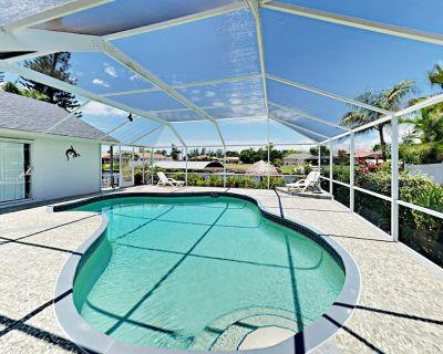 Canal-Side Gem w/ Screened Pool, Boat Dock & Gulf Access - Near Dining - Caloosahatchee