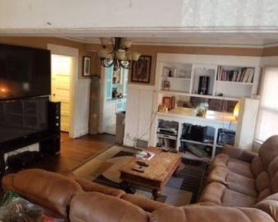 2777 Francis Avenue, Los Angeles, CA 90005 Room